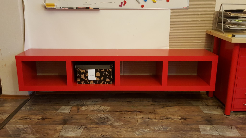 Sidebar under Whiteboard
